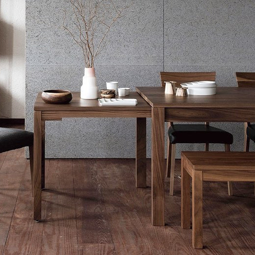 Familia Dining Table