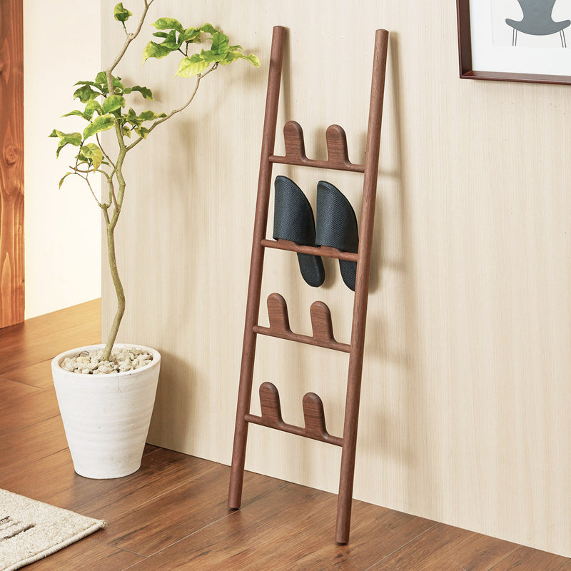 Leaf Slipper Rack