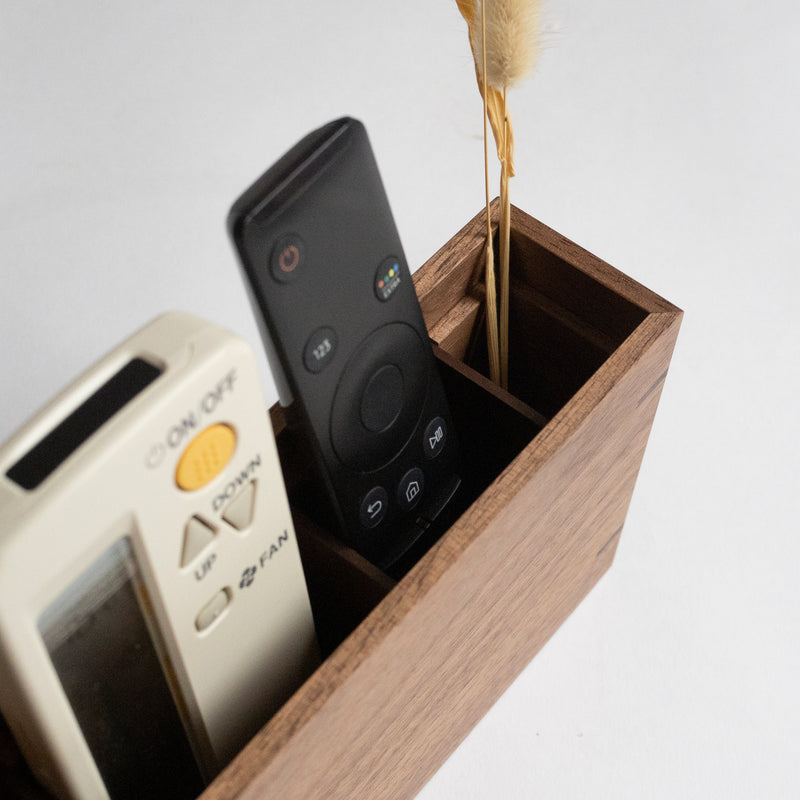 Kitdate Wooden Remote Stand