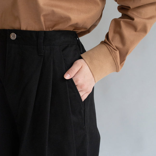 Three Tuck Wide Pants