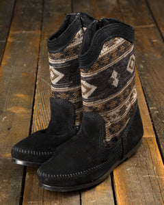 Minnetonka Baja Moccasin Boot