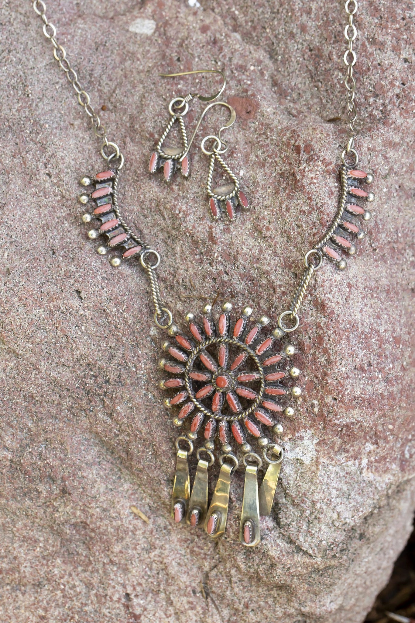 Coral Starburst Necklace/Earring Set
