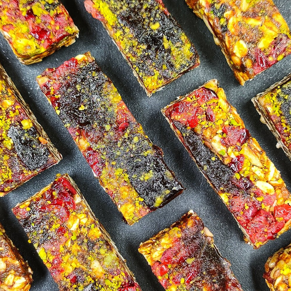 Prune & Cranberry Dates bar