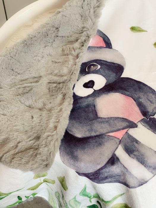 Forest Friends Friendly Racoon Comforter