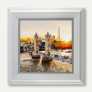 Sunbeams, Tower Bridge - Tom Butler Artist