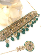 Load image into Gallery viewer, Green choker set 'ASMEEN '