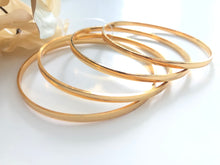 Load image into Gallery viewer, Plain gold bangles