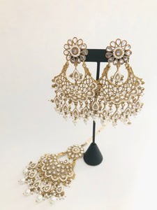 AIDA tikka earring set