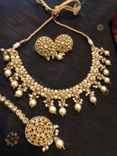 Load image into Gallery viewer, SWARA necklace set
