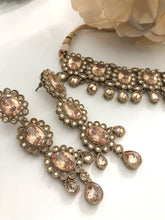 Load image into Gallery viewer, Necklace set CHANDAN