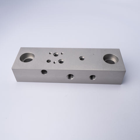 PA3-0701 MANIFOLD BLOCK- MACHINED/ ANOD - Mathers Controls