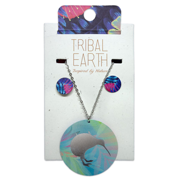 Stud earring and reversible pendant necklace jewellery set. Tribal Earth New Zealand