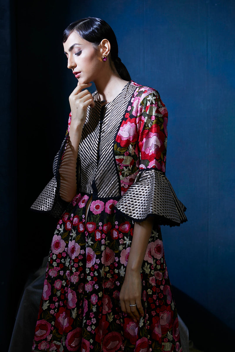 Heavy embroidery Multicolor jacket suit