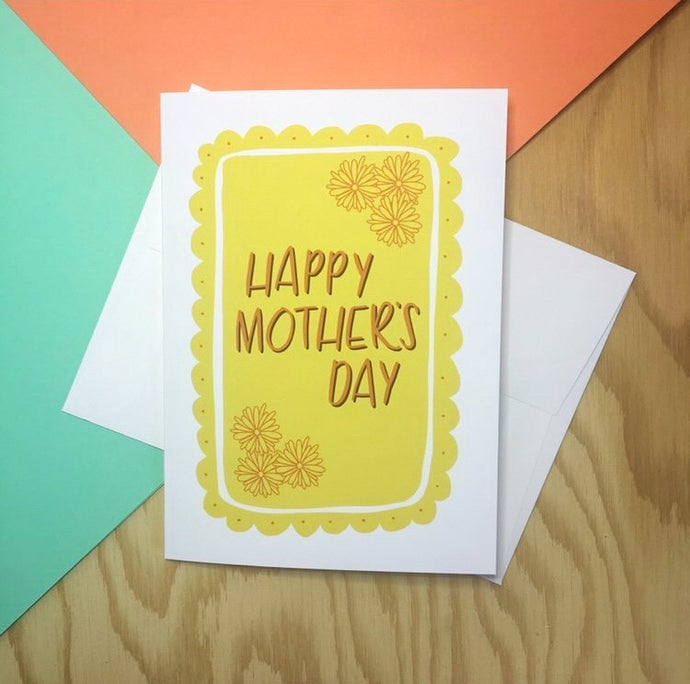 happy mother's day card in a cheerful yellow with flowers