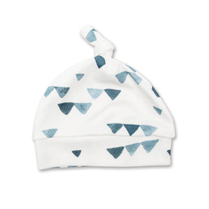 Lulujo - Hello World Blanket & Knotted Hat - Navy Triangles