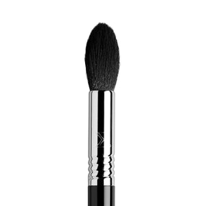 F35 Tapered Highlighter Brush