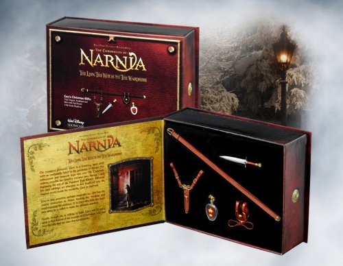 Chronicles of Narnia The Lion The Witch & The Wardrobe Lucy's Scaled Christmas Gifts