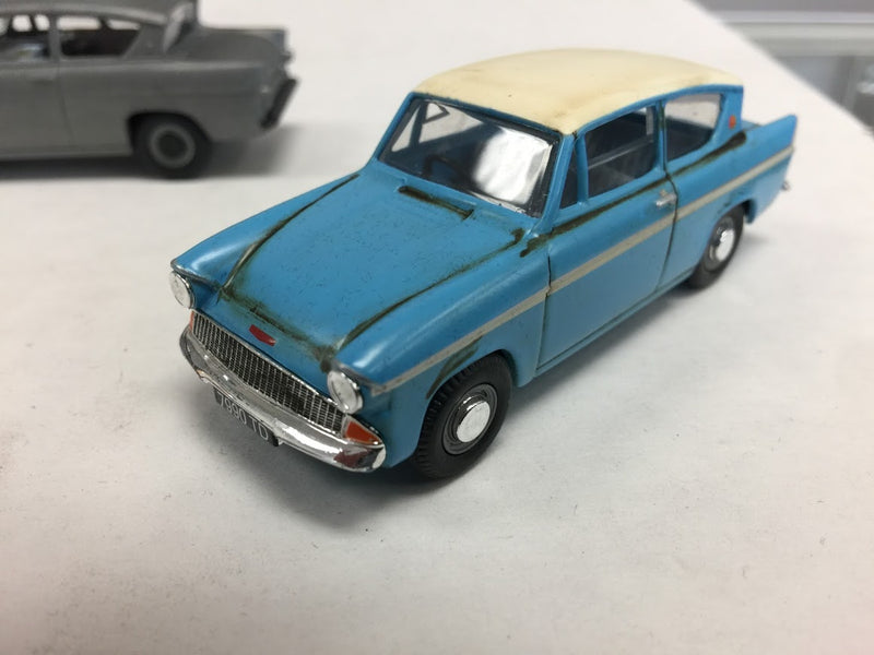 Harry Potter Die Cast Ford Anglia Collectors Edition Set