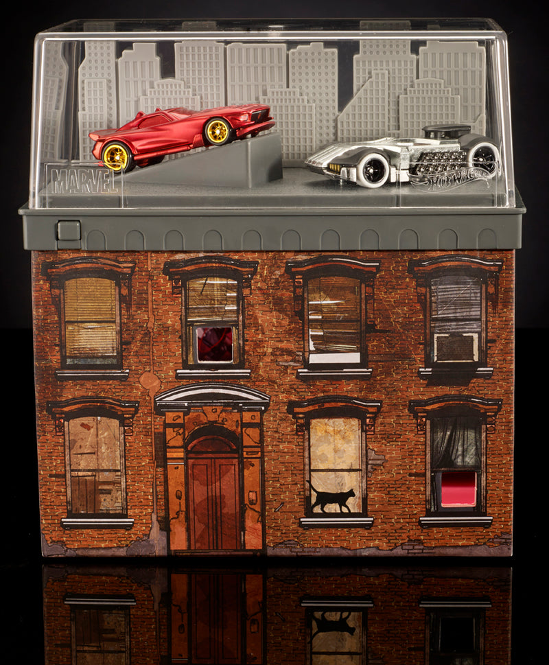 SDCC 2016 Exclusive Mattel Hot Wheels Daredevil  Car VS Punisher  Car