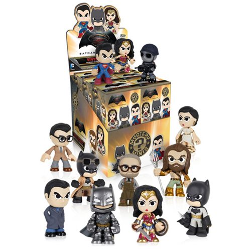Batman v Superman Mystery Minis Vinyl Figure Solid Case of 12