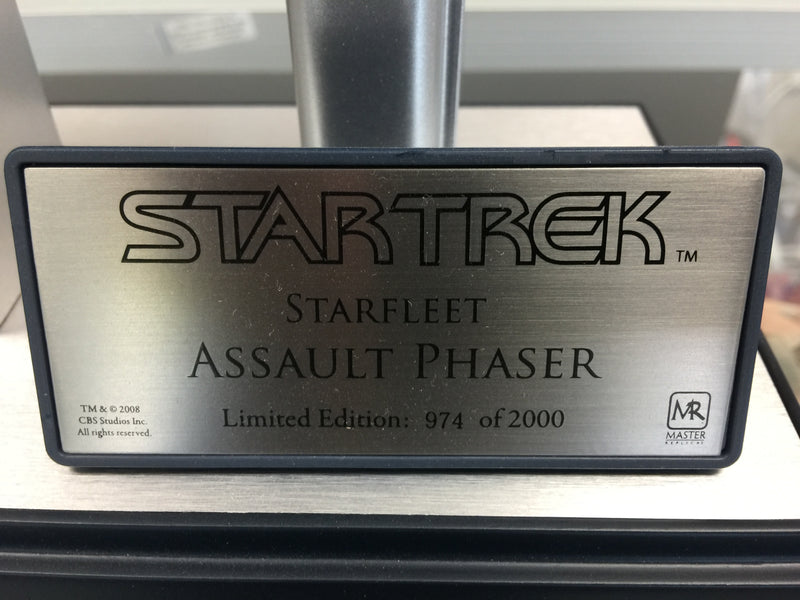 Master Replicas Star Trek Starfleet Assault Phaser #974