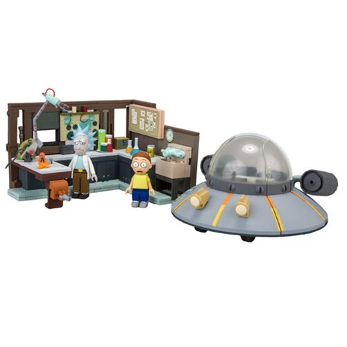 Preorder September 2017 Rick and Morty Spaceship and Garage Large Construction Set