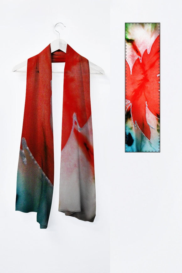 Image of a large MILA scarf from the collection Maple leaf Power.