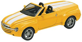 Revell 85-4052 1/25 2003 Chevy SSR
