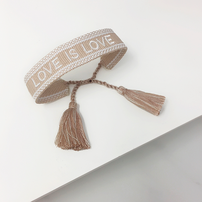Pulsera Love is Love
