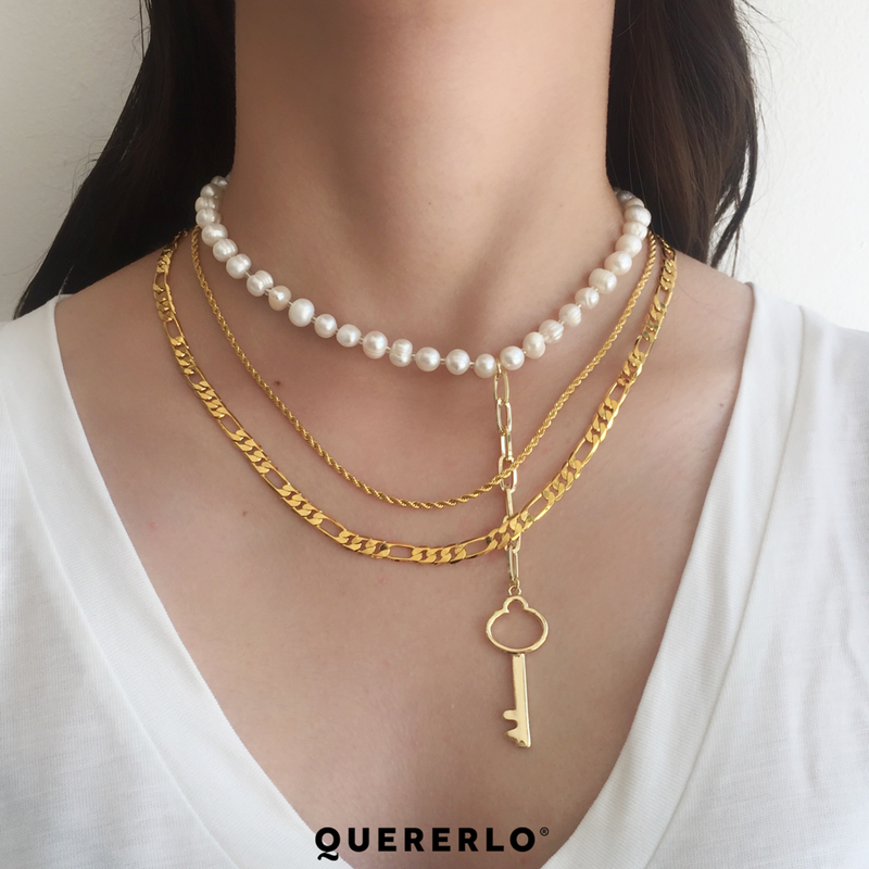 Collar Pearl Key