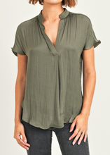 Load image into Gallery viewer, Olive Silky Top