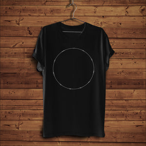 Too Close Curves - T-Shirt (Black)