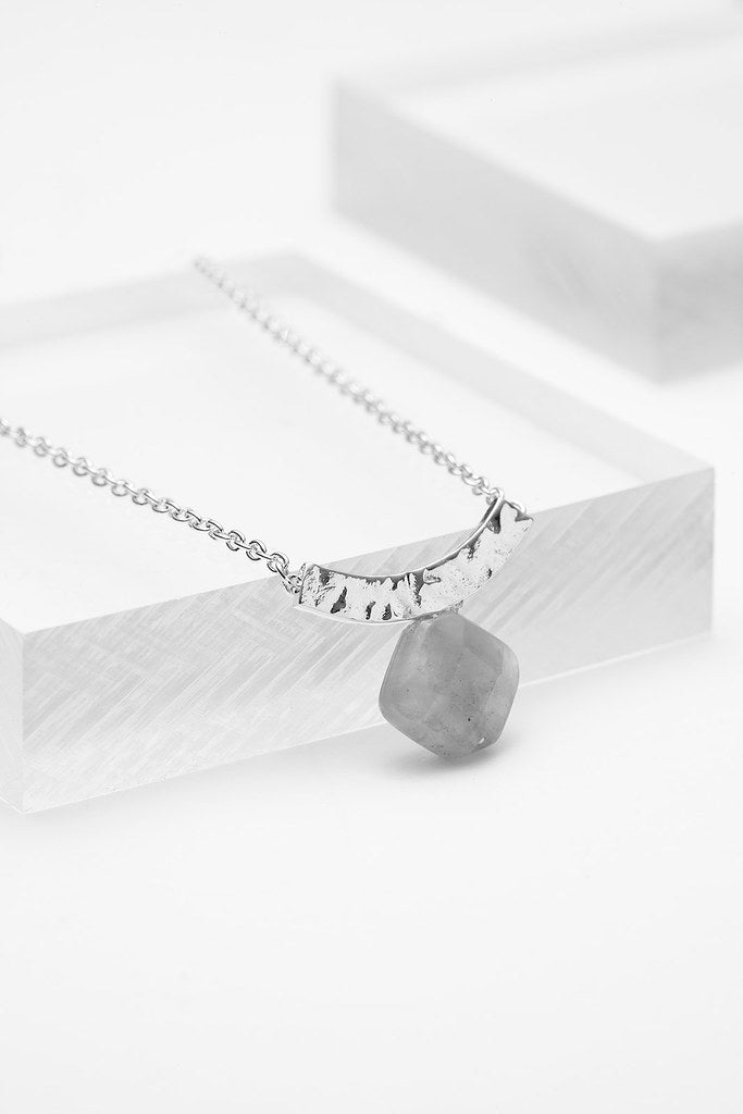 edge-everyday-necklaces-felice - Vé