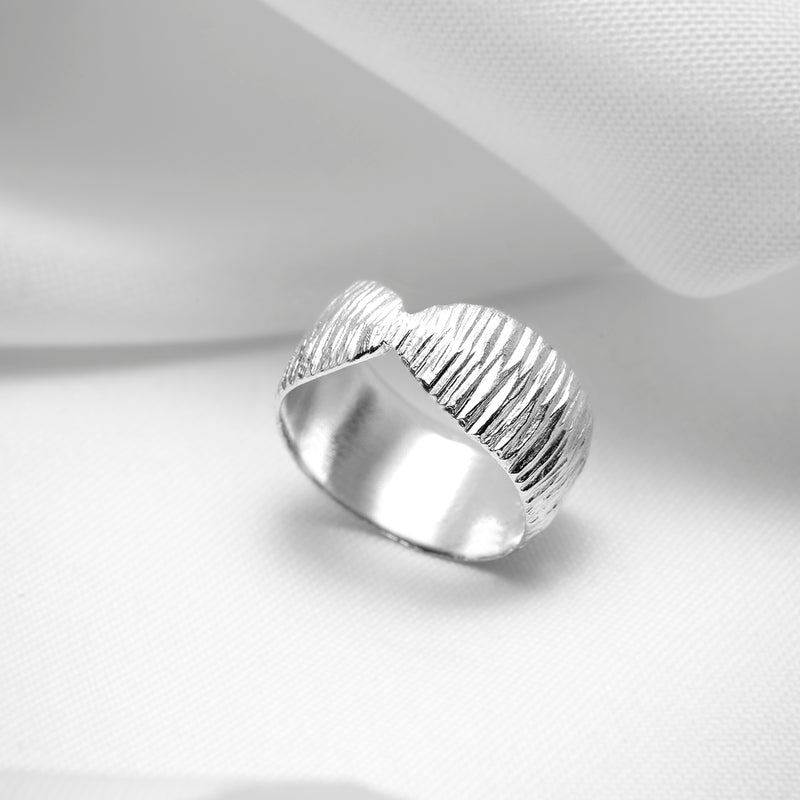 sterling silver textured wide band ring handmade in montreal