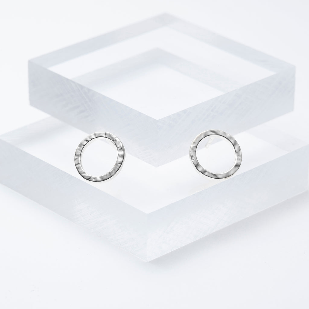 Hammered circle earrings in silver