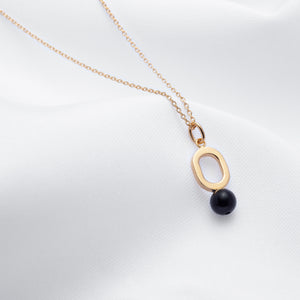 Gold plated oval pendant necklace with black onyx handmade in Montreal
