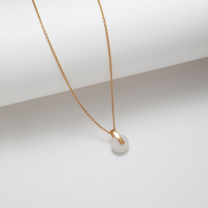 Gold plated silver white jade pendant necklace