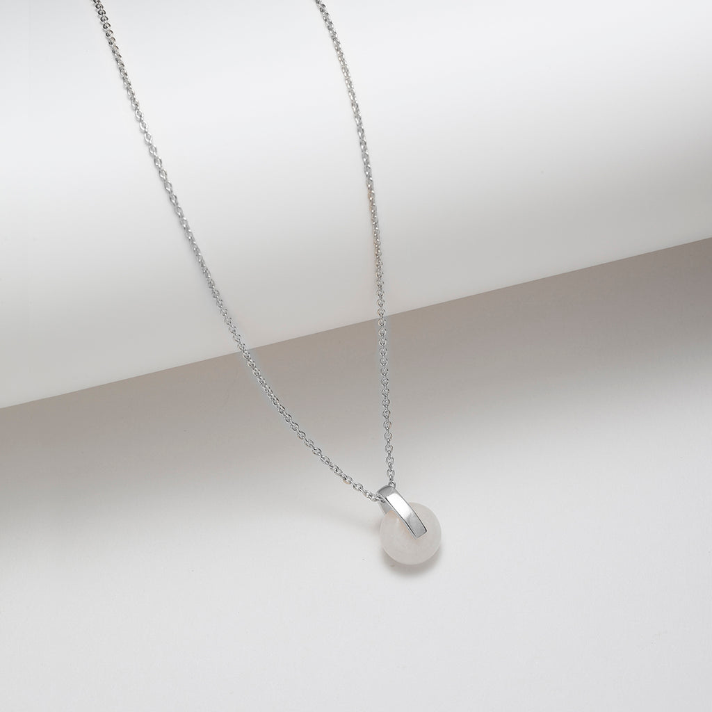 White jade dainty pendant necklace by Vemtl