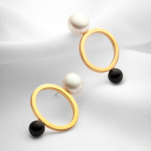 Large freshwater pearls geometric statement earrings with black onyx stones