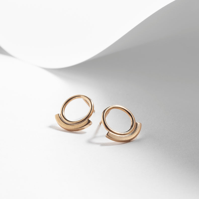Gold plated circle earrings stud