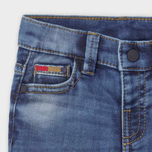 Load image into Gallery viewer, Knit Light Wash Denim Jeans