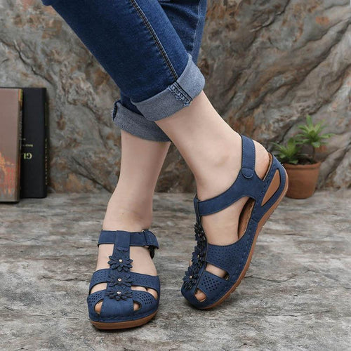 Comfortable soft-soled sandals