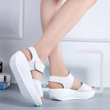 Load image into Gallery viewer, Comfortable Platform Wedge Sandal With Style