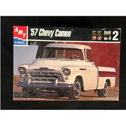 1957 Chevy Cameo Pickup Truck 1/25 Scale Plastic Model Truck Kit AMT6308