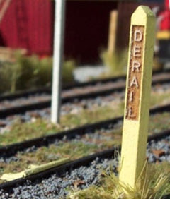 Derail and Post Sign HO Scale