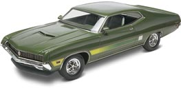 1970 Ford Torino GT Plastic Model Car Kit