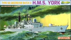 HMS York Type 42 Destroyer Destroyer 1/700 Scale Plastic Model Kit Dragon 7055