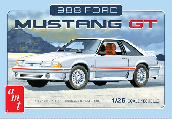 1988 Ford Mustang GT 1/25 Scale Plastic Model Car Kit AMT 1216
