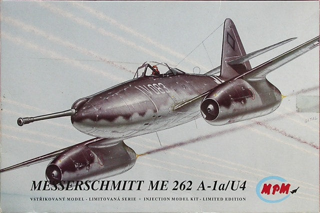 Messerschmitt ME 262A-1a/U4 1/72 Scale Plastic Model Kit