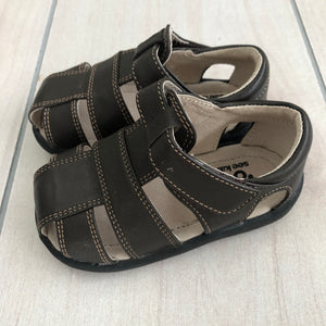 See Kai Run Sandals Size 5.5